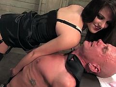 This bald guy is going to be dominated by Bobbi Starr who is going to ride his dick in a very crazy way. Doesn't matter, had sex.