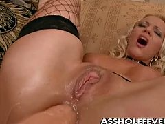 Sarah Simon is a good looking Milf with sexy hot body,Watch how her asshole will be in the middle of attention, but her other two holes, her pussy and her mouth won't be left out from any fun.Enjoy!
