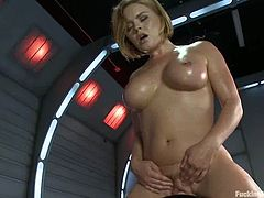 Sexy Krissy Lynn oils her body up and sucks big dildo putting it deep in her mouth. After that she gets toyed deep by the fucking machine.