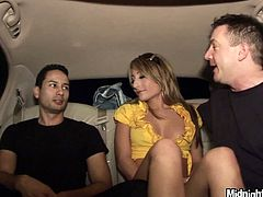 Two lucky dudes enjoy licking the juicy cunt of horny Natalia Rossi in limo
