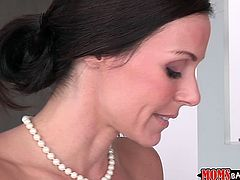 Kendra.Lust.and.giselle.mari.look.and.learn ass lick