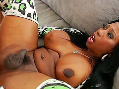 Delicious ebony shemale Jackeline Boing Boing loves to take her mans fat dick inside her booty