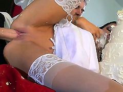 First fuck after getting married to her its very good