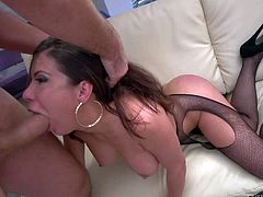 Aleksa Nicole gets throat fucked and anally fingered by her horny fuck buddy for a start. Then big breasted slut takes Manuel Ferraras thick dick in her anal hole. Watch them enjoy anal sex!