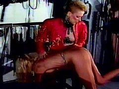 Horny babe likes dominating and playing nasty in top femdom lesbian show