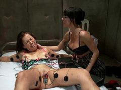 This is one of the hottest and most insane lesbian BDSM scenes. Sexy Gia Dimarco is leading Audrey to the world of femdom and gives her quite a pain!