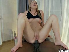 See the vicious blonde slut Marry Dream getting her ass banged balls deep into kingdom come while assuming spectacularly sexy poses.
