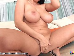 Gianna Michaels is amazing and hot during impressive session of deep pussy penetration sex
