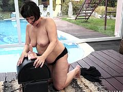This granny is going to have the time of her life when she discovers the Sybian! Margo T. never had so many orgasms in her life!