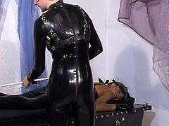 Nymph inside latex dildoing her fuzz