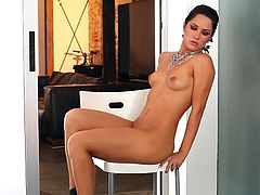 Sweet Kimberly Kisselovich likes to be sensual and pose in superb nude session of fine quality
