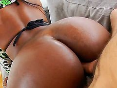 Watch interracial tranny fucking between Jackeline Boing Boing and Max Scar. White dude starts stuffing tight anal hole of ebony shemale by his massive tool from the behind.