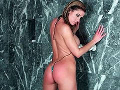 Sexiest shower ever with pornstar Randy Moore