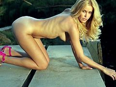Stunning Kennedy Summers looks amazing during her sexy outdoor solo session