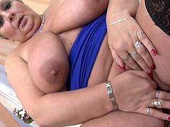 Big and beautiful Mireila shows us how good she is at handling that double ended dildo. She puts the sex toy between her big saggy breasts and rubs it for a while before starting to suck it. She does all that with the grace and lust that only a bbw can show. Wanna keep her some company?