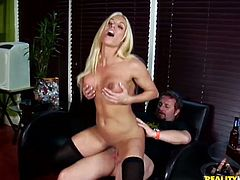 This booty and busty blond angel Ashley Starr is such a damn cock sucker! Honey enjoys some passion and drives this dude so crazy!