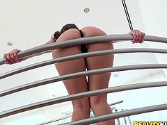 She starts the scene with some hot posing and then honey goes for her dude's huge dick. She loved him in all the poses she prefers!