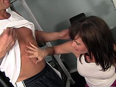 milf gives rimjob in gym