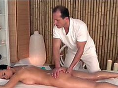 Massage Rooms Athletic goddess enjoys G spot orgasm 1