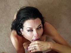The insanely hot brunette Veronica Avluv is showing all her skills in the cock-sucking department in this deepthroat blowjob for facial video.