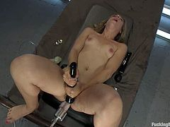 Salacious fair-haired girl Chastity Lynn is having fun in some dark room. She spreads her legs wide open and gets her pink slit ripped apart by a fucking machine.