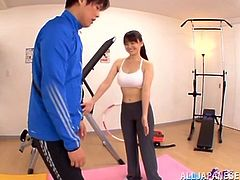 Stunning Japanese chick with big boobs gives nice blowjob right in a gym. After that she lies down on the floor and the guy cums on her face.