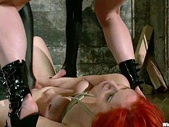 Lily Labeau makes Phoenix Askani cum a few times in amazing BDSM scene
