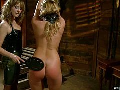 Maitresse Madeline is such a cruel bitch that loves torturing Aurora Snow. She ties her up so that her legs are wide open. Then a strapon pounding begins!