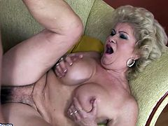 Dirty-minded kinky short haired old bitch is a great pro in riding a dick. Booty whore with droopy tits enjoys position 69 and sucks a dick passionately for cum.