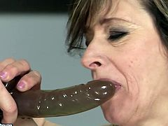 Kinky college girl wearing starpon fucks teacher's ass hole right on the table. Don't skip this extremely hot sex tube video featuring twp lesbians.