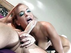 Inviting dolly Gabriella Banks enjoys nasty anal sex