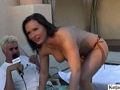 Don't hesitate to enjoy this hot and sexy brunette presented in Pornstar sex clip. Sinful brunette boasts of her big ass and nice big boobies while sitting on the dude's laps with the hope to win his dick for sex.