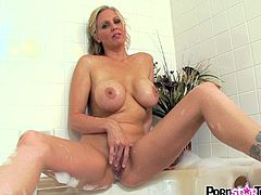 This warm bath turnes her horny and makes Julia Ann eager to masturbate