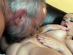 Welcome to enjoy a great interracial session in steamy 21 Sextury xxx clip. Spoiled brunette with big ass and butt rides a stiff black dick of old horny man in glasses. Then curvy pale cowgirl enjoys giving a blowjob for cum.
