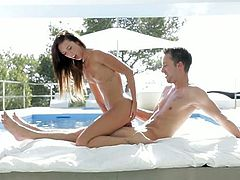 Jaw-dropping brunette teeny enjoying passionate sex outdoor