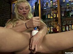 Hot Jesse Andrews gets toyed by a machine in a bar