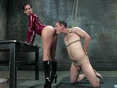 Curt Wooster is having fun with sexy brunette dominatrix Isis Love. He lets the milf tie him up and then pleases her with cunnilingus and gets fucked in cowgirl position.