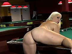 This blonde bbw doesnt strut her stuff long before a pool playing maverick notices her mouthwatering body. From there on things gets heated and culminate in doggystyle sex.