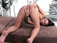 Sonia Red gets the pleasure from masturbating