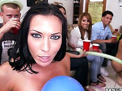 Rachel Starr tries her hardest to make lesbian Jessica Bangkok happy