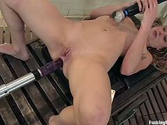 Charming blonde Catrina Cummings is having fun with her new toy in the bathroom. She gets her coochie licked by a fucking machine and then enjoys having two dildos in her holes.