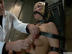 Lewd guy Mark Davis is playing dirty games with captivating blonde Tara Lynn Foxx in a basement. Mark restrains Tara, then fingers her holes and pounds them remarcably well with his dick.