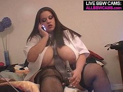 If BBW is what makes you have a hard boner All BBW CAMS studio presents you this awesome solo masturbation clip featuring saucy BBW hottie.