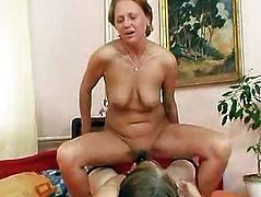 Extremely unsatisfied amateur housewives gets lesbian