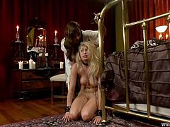 What a divine and horny mistress Lea Lexis is! She gets naked and her slave eats her twat, urging her to give her some pain and bang with a strapon!