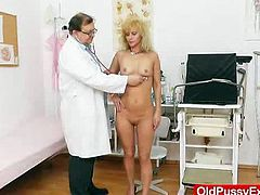 Skinny gilf visits gyno physician for gray pussy checkup. She is retired so she has plenty of time to watch a fuck hole doctor who takes care of her gray vagina.