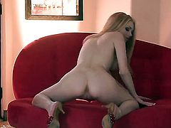 Smoking hot goddess Jayme Langford gets the pleasure from pussy rubbing like never before