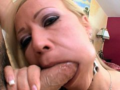 Slutty milf enjoys sucking cock and feeling it cumming on her tits