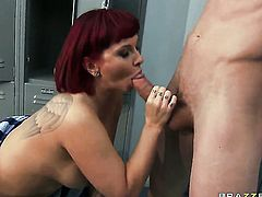 Carrie Ann loves anal sex and cant say No to hard cocked guy Jordan Ash