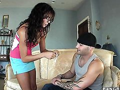 Ariella Ferrera gets pounded in her snatch